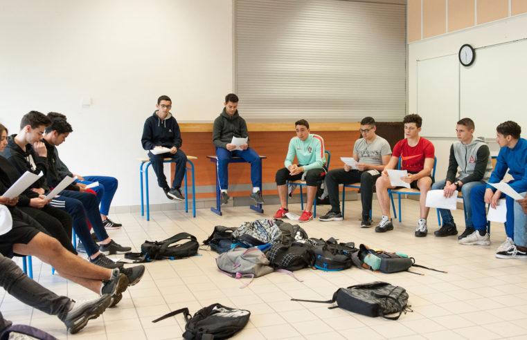 Théâtre à Cuzin : «La peur des coups» s'est transformée en «moi pas de … ?»